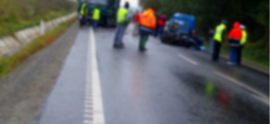 blurred-accident-state-employees-construction-workers